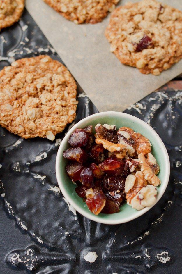atmeal Date Cookies
