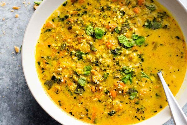Kale Soup with Curried Cauliflower Soup