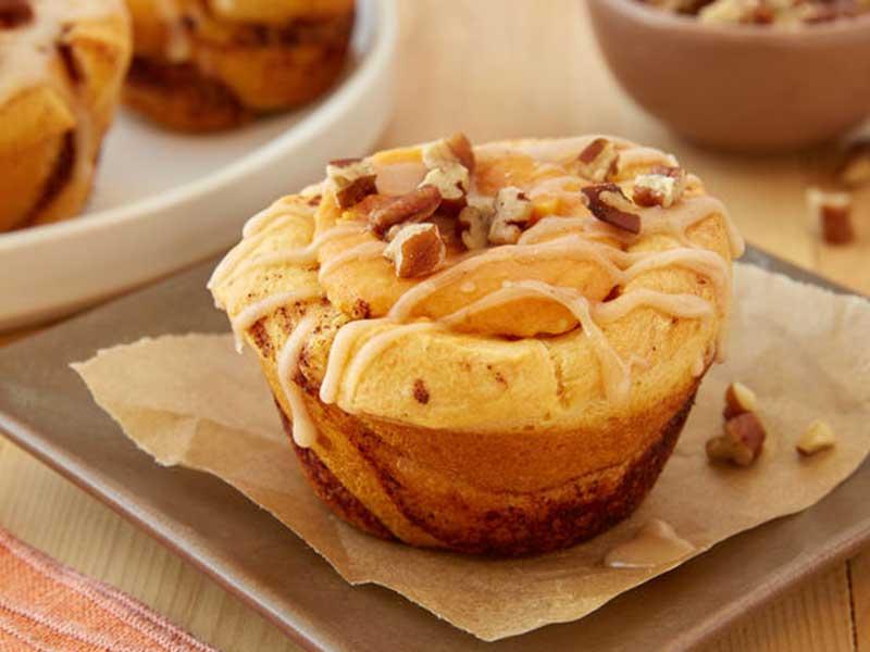 Pumpkin Cheesecake Cinnamon Rolls
