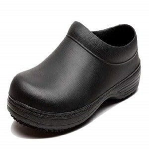 own slip resistant clogs