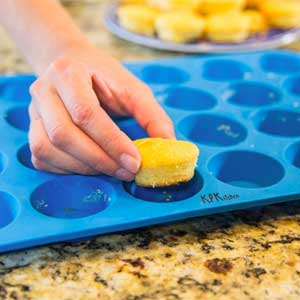 silicone muffin baking pan