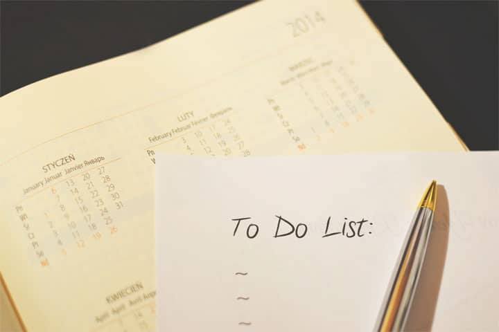 make daily to-do lists — the night before