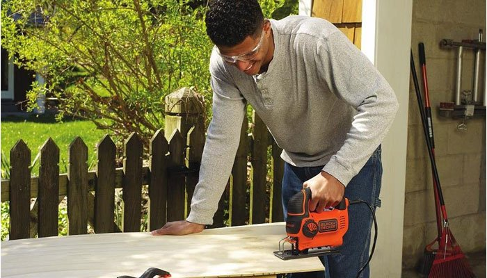black and decker bdejs600c jigsaw ease of use