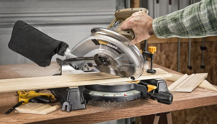 compound miter saw features
