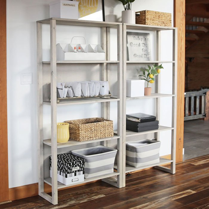 ana white's $30 industrial bookshelf