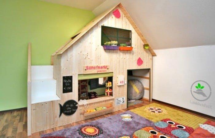 the rasberry lounge playhouse plan