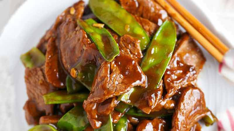 25 Minute beef and snow pea stir fry