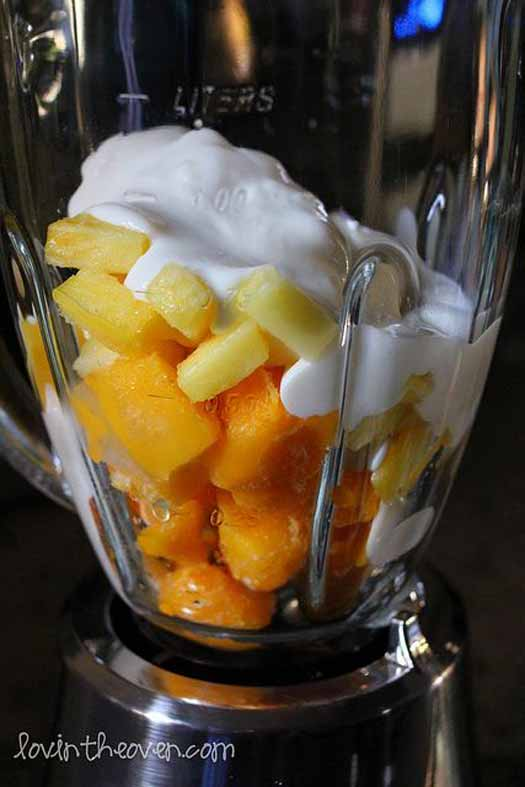 mango-pineapple-smoothie