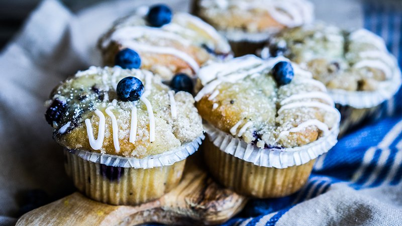 whole-wheat-blueberry-cornbread-muffins-recipe