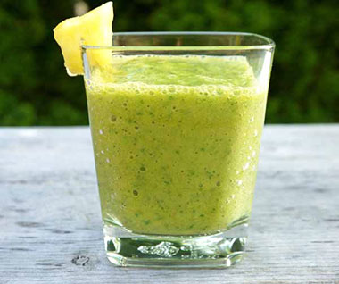 Mango and Kale Paleo Smoothie Recipe