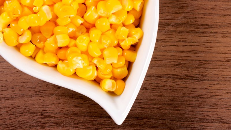canned-corn-on-stove