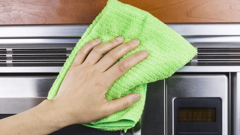soft-cloth-cleaning