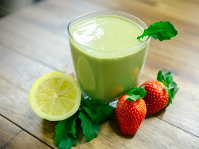 sweet-kale-smoothie